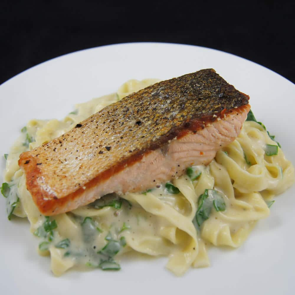Salmon and Spinach Fettuccine Alfredo